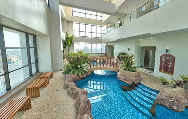 1 Bedroom Condo Unit for sale at BSA Twin Tower